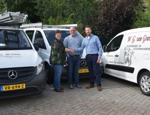 Glazenwasser- en Schoonmaakbedrijf W.G. van Graven ook in haar 40 jarige jubileum jaar trotse co-sponsor van TTV Lybrae Heerlen!